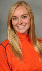 Vickery Hall Women's Student-Athlete of the Week – Taylor Hoynacki