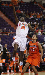 Lady Tigers Head North to Take on Grizzlies