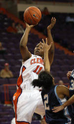 Clemson Falls To Western Carolina, 62-53, In Sunday Women's Basketball Action