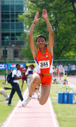 Mamona Qualifies for NCAA Championships in Triple Jump