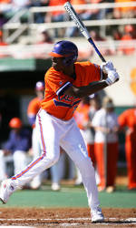 #20 Clemson Downs South Carolina 7-5 Wednesday