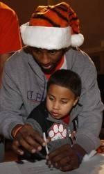 Clemson Basketball, BI-LO Team up to Host Second Annual Tiger Wonderland on Tuesday, Dec. 14