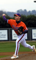 Clemson Uses Big Inning to Defeat Duke 9-3 Friday