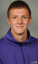 Dart Swims in 100 Back at NCAA Champs
