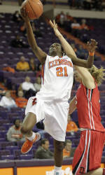 ClemsonTigers.com Exclusive: Dixon gets Lady Tigers off to good start