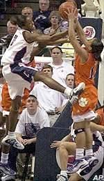 No. 1 UConn Defeats Clemson In NCAA Tournament