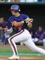Steve Pyzik Signs Free Agent Contract With the Braves