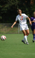 Clemson Women's Soccer Defeats Davidson in Exhibition Match Tuesday Night