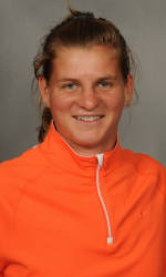 Vickery Hall Women's Student-Athlete of the Week – Josipa Bek