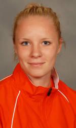 Vickery Hall Women's Student-Athlete of the Week – Nikola Lomnicka