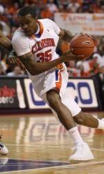 Booker Named to USBWA All-District III Team
