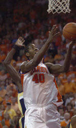 Mays' Layup Sends No. 23 Tigers To Victory Over Yellow Jackets, 75-74
