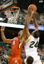 Tigers Rout Spartans, 89-67