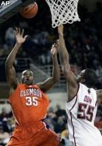 Booker's Double-Double Helps Tigers Past Eagles, 87-77