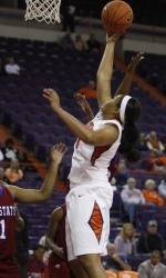 Lady Tigers Drop Sunday Contest in a Shootout