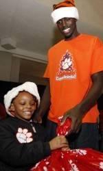 Clemson Men's Basketball Holds First Annual Tiger Wonderland