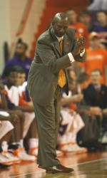 Clemson Posts Road Win at Mississippi State 84-82