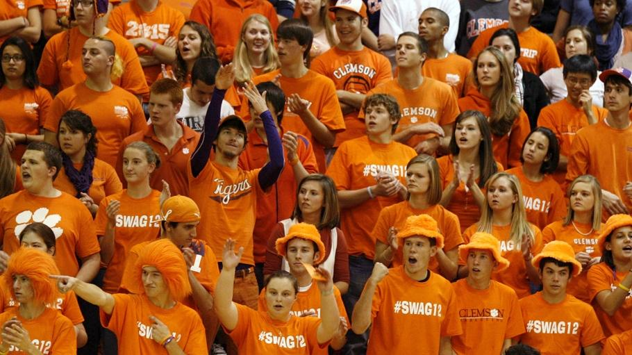 Volleyball to Hold Orange and White Scrimmage Friday