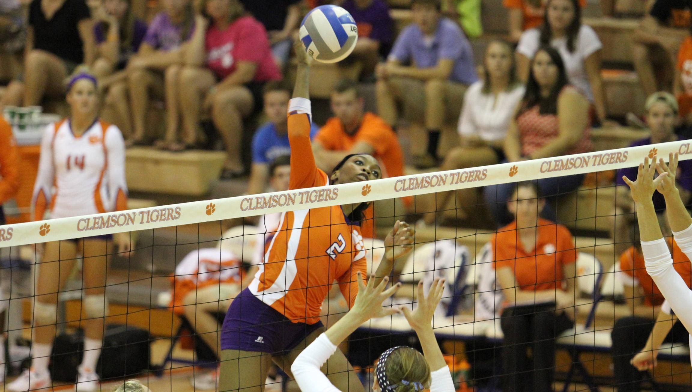 Clemson Claims Third Straight Big Orange Bash Title