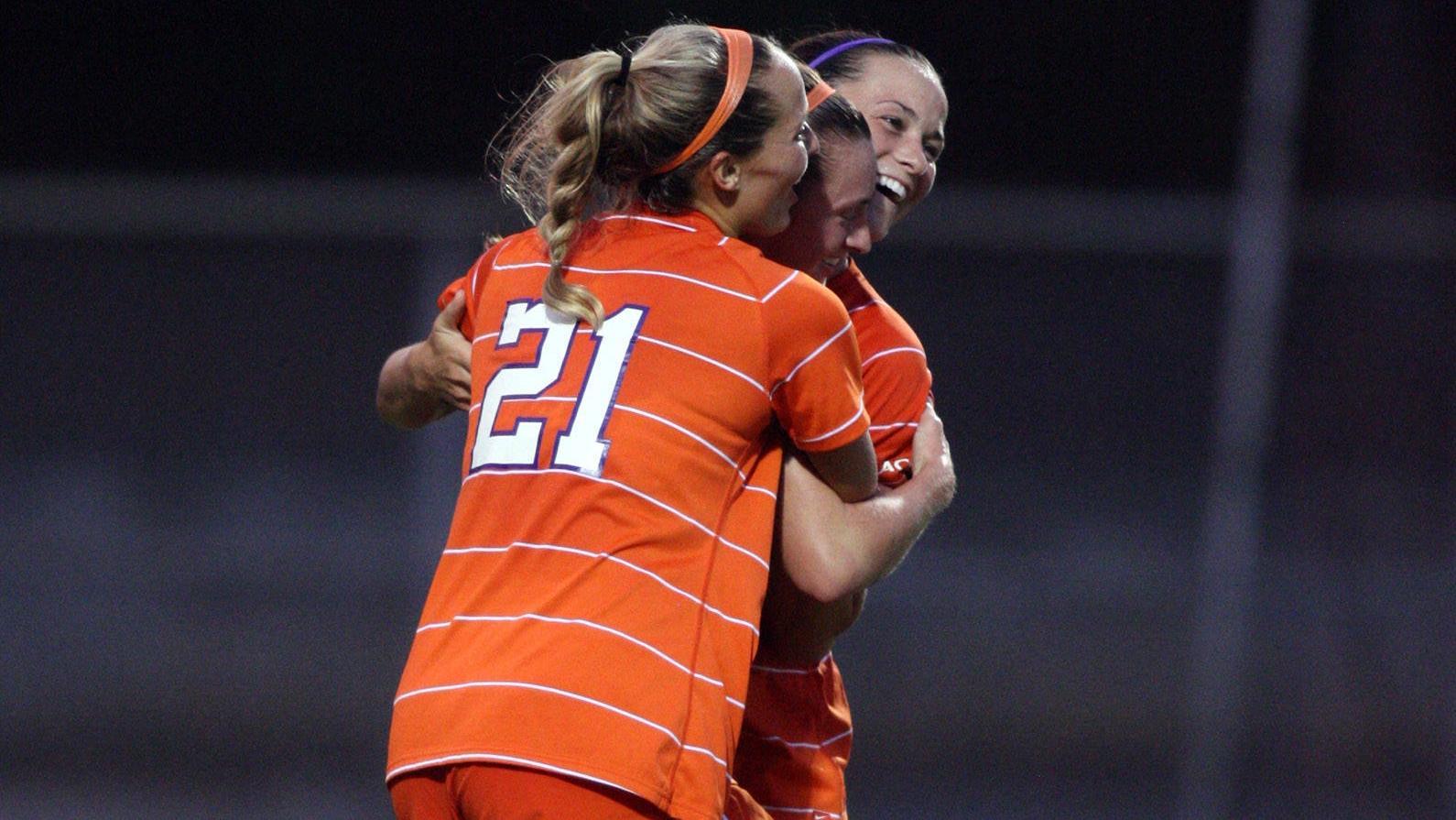 ClemsonTigers.com Exclusive: Women's Soccer on Path of Progress