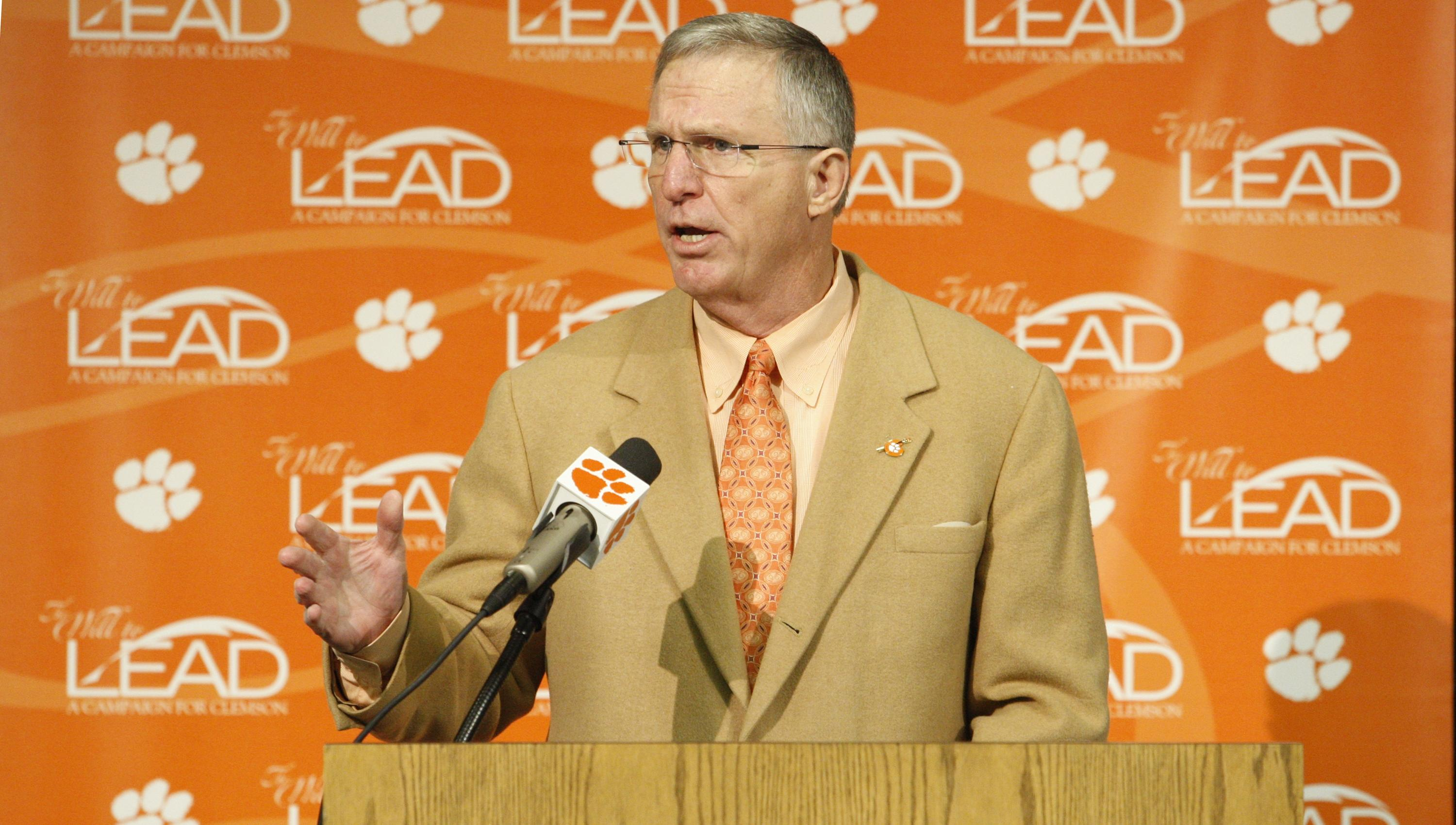 Phillips to be Inducted Into Chick-fil-A Bowl Hall of Fame