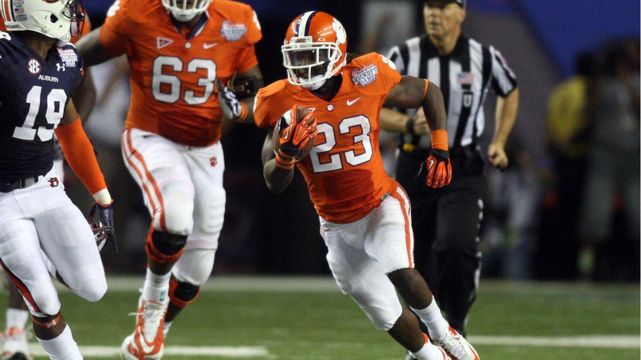 Hopkins' Grab Lifts Clemson to Thrilling Win over Auburn