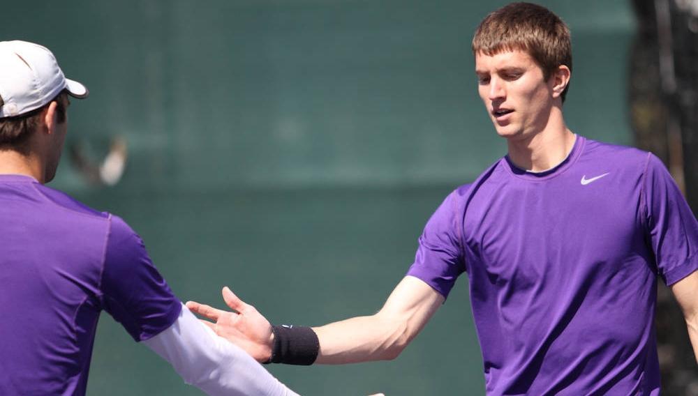 Yannick Maden Advances in the ITA Carolina Regional Tournament