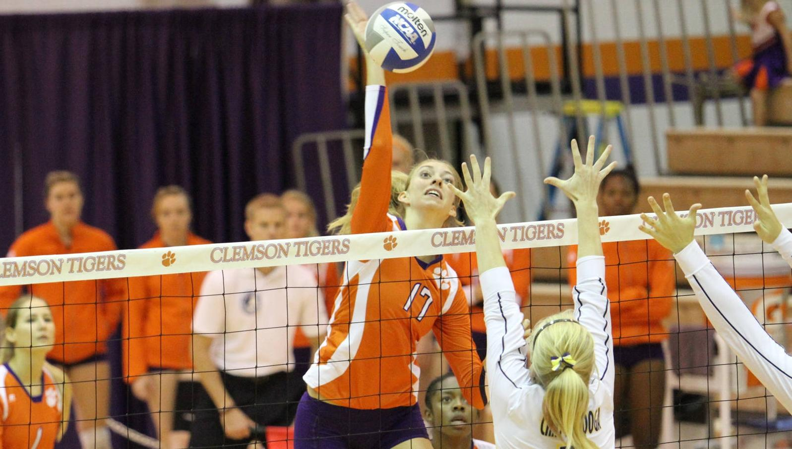 Clemson Volleyball Wins a Pair on Saturday