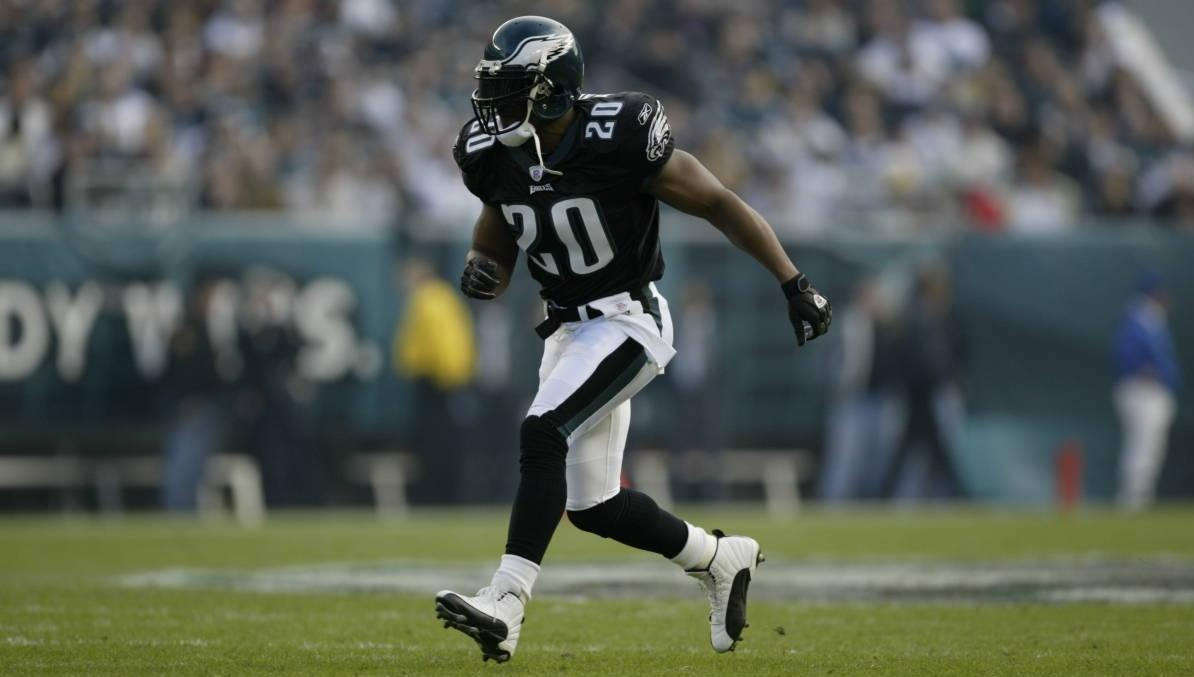 Brian Dawkins' No. 20 Retired by Philadelphia Eagles