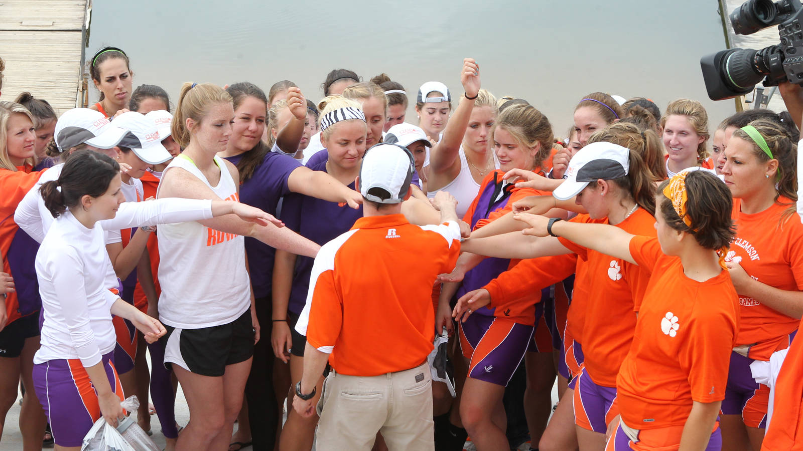 Rowing Holds ?Team Up for Clemson? Regatta on Saturday