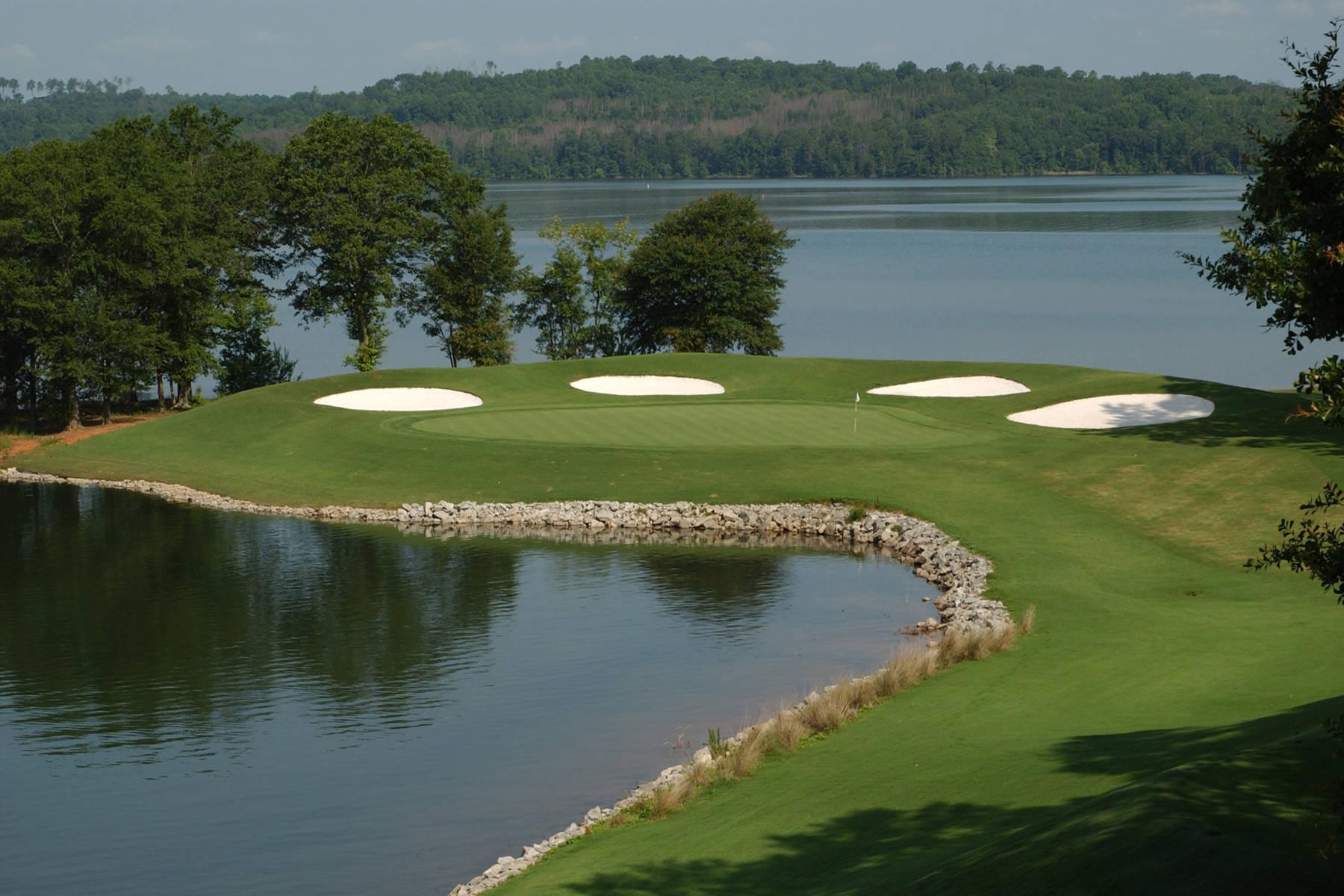 Walker Course Ranked No. 11 by Golfweek