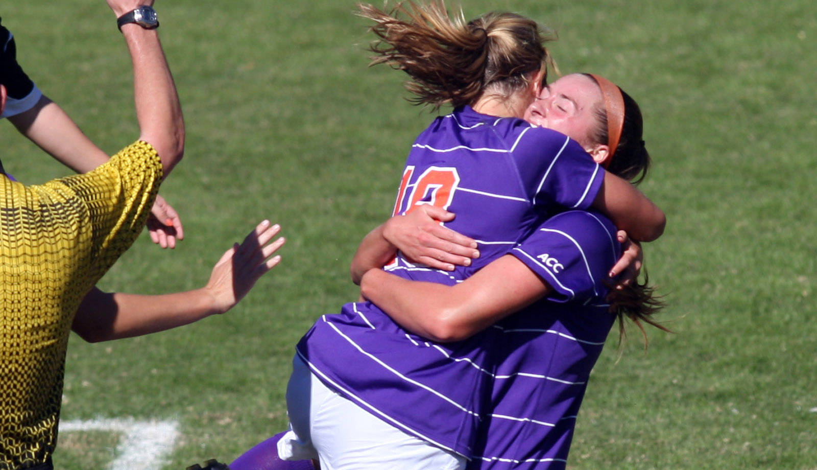 Clemson Defeats NC State 1-0 on Senior Day at Historic Riggs Field