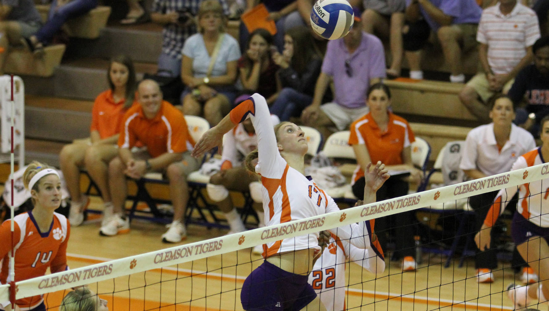 Clemson Stays Hot with 3-0 Win at Wake Forest