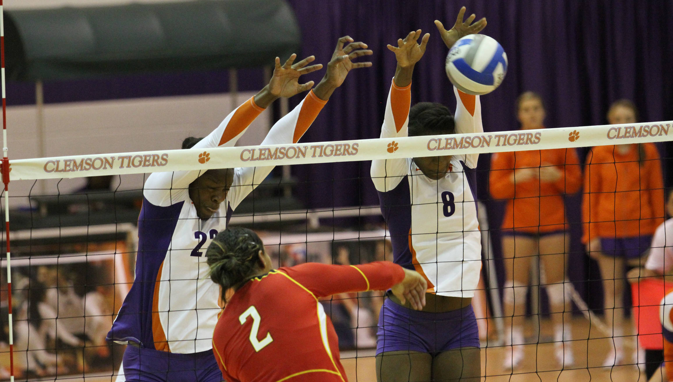 Clemson Volleyball Travels to Virginia for Two Commonwealth Clashes