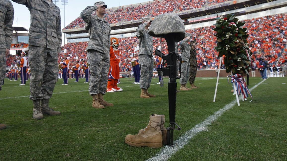 Clemson Marks Anniversary of Maj. Rudolf Anderson's Flight During Military Appreciation Day