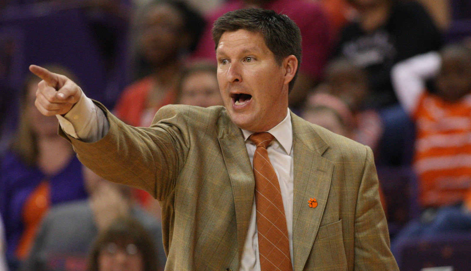 Clemson Men's Basketball Inks Two During Early Signing Period
