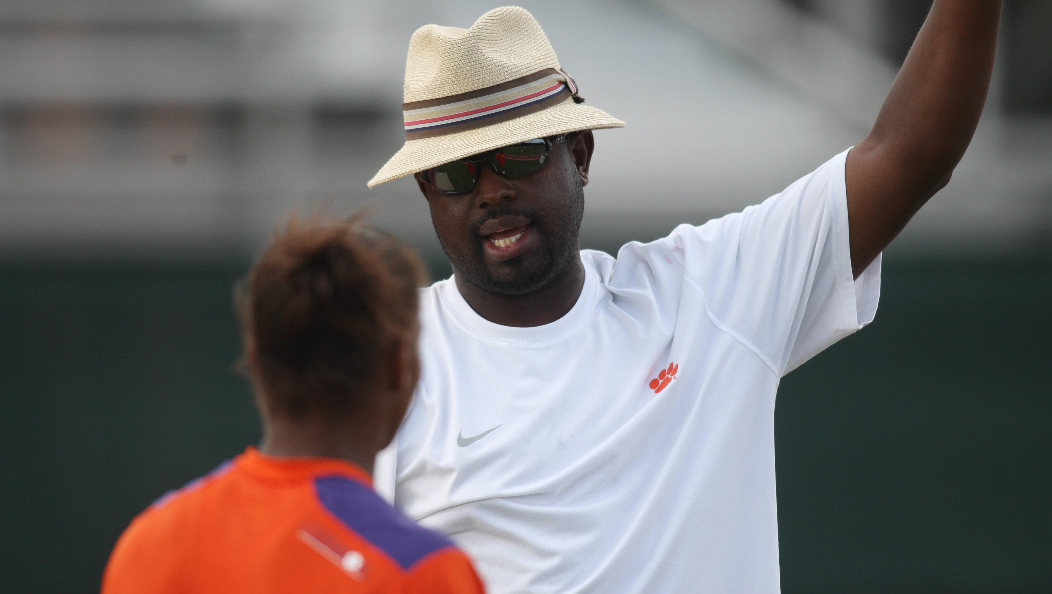 Johnson Announces 2012-13 Indoor Track & Field Schedule