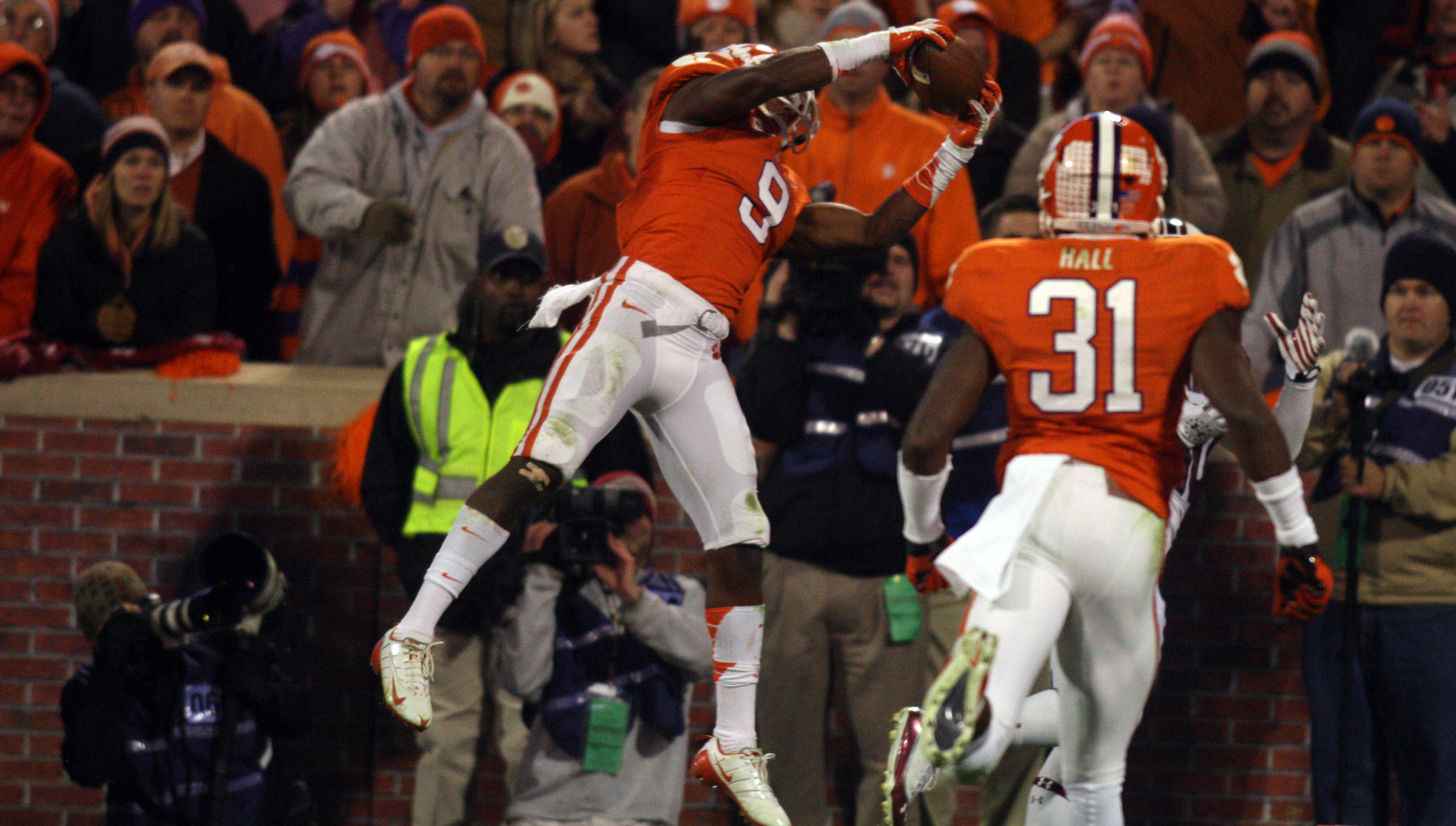 Brewer Named ACC Defensive Back of the Week