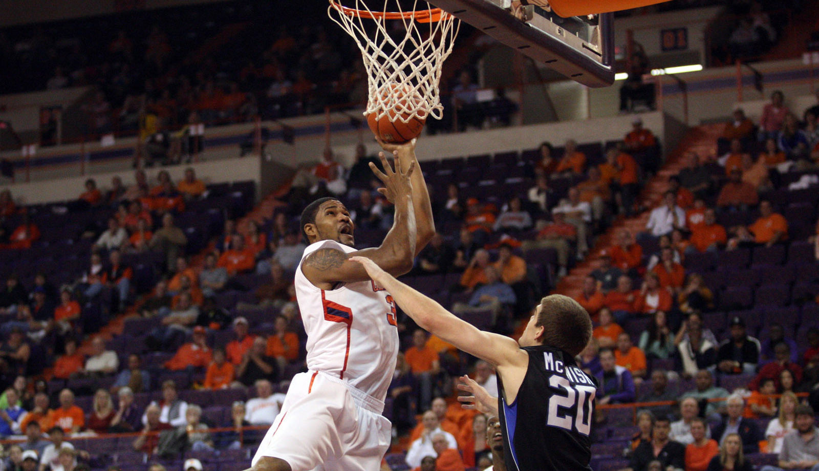 Clemson Controls Paint in 59-44 Victory over Marist to Conclude Old Spice Classic