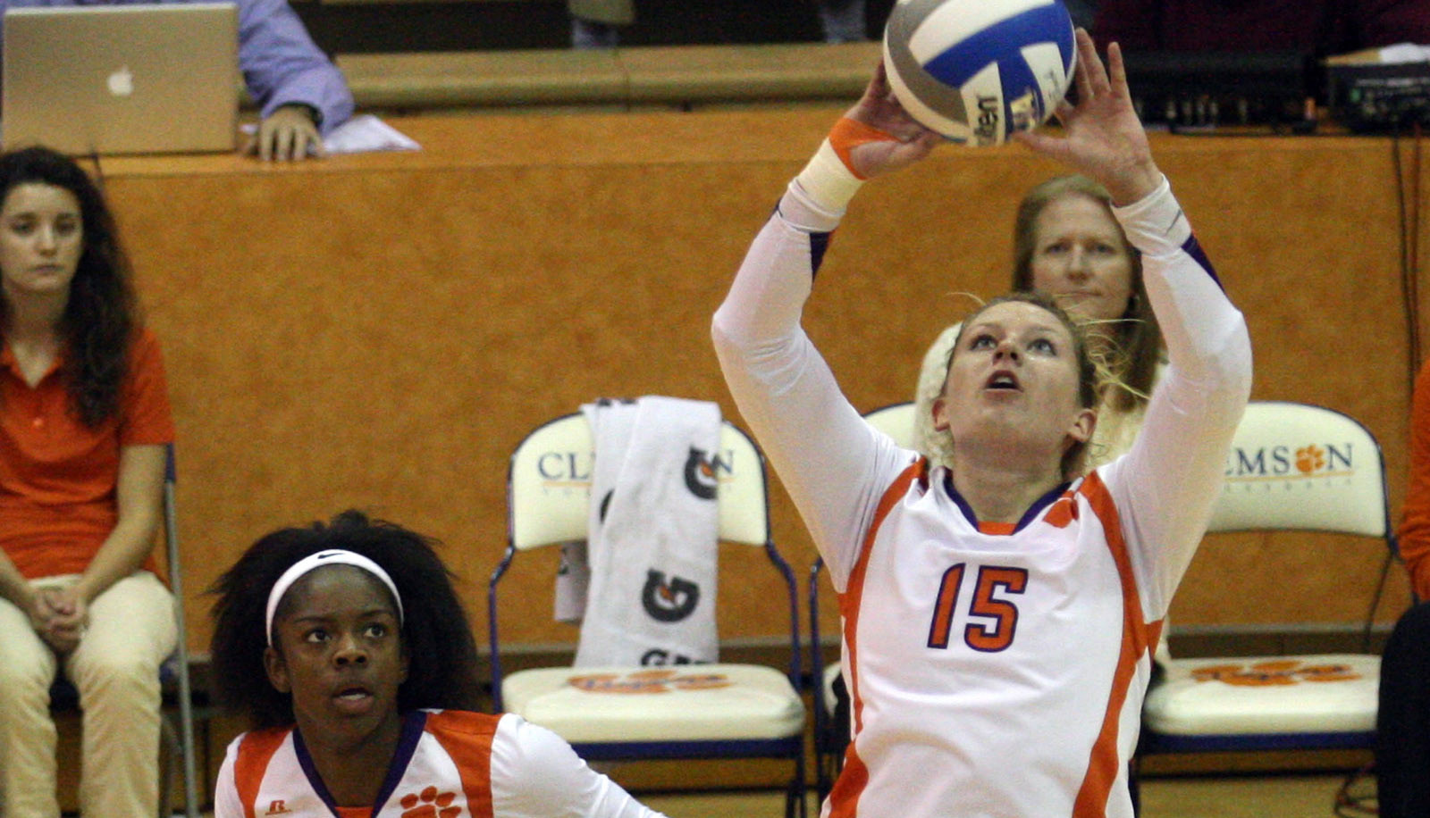 Clemson Volleyball Takes Three Sets From UNC Asheville