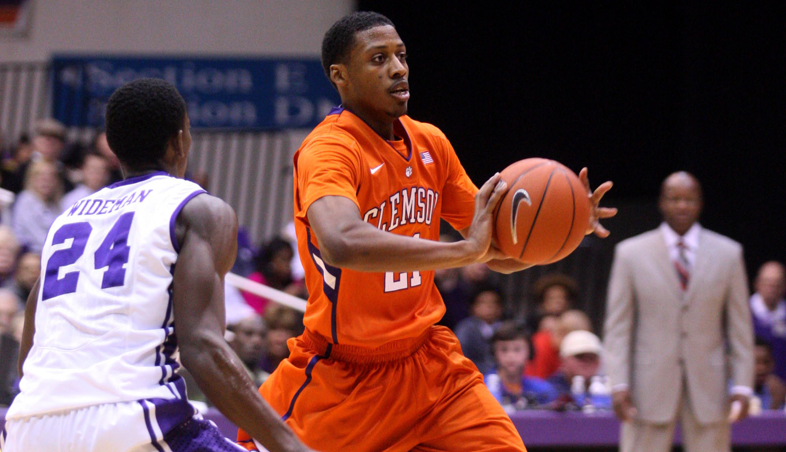 Clemson to Face Gonzaga Thursday in Old Spice Classic