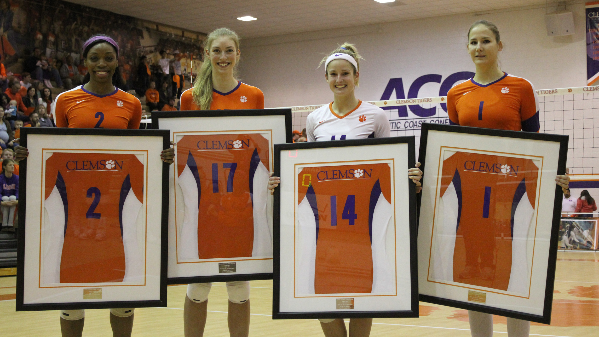 Volleyball Downs Duke in Five Sets on Senior Night