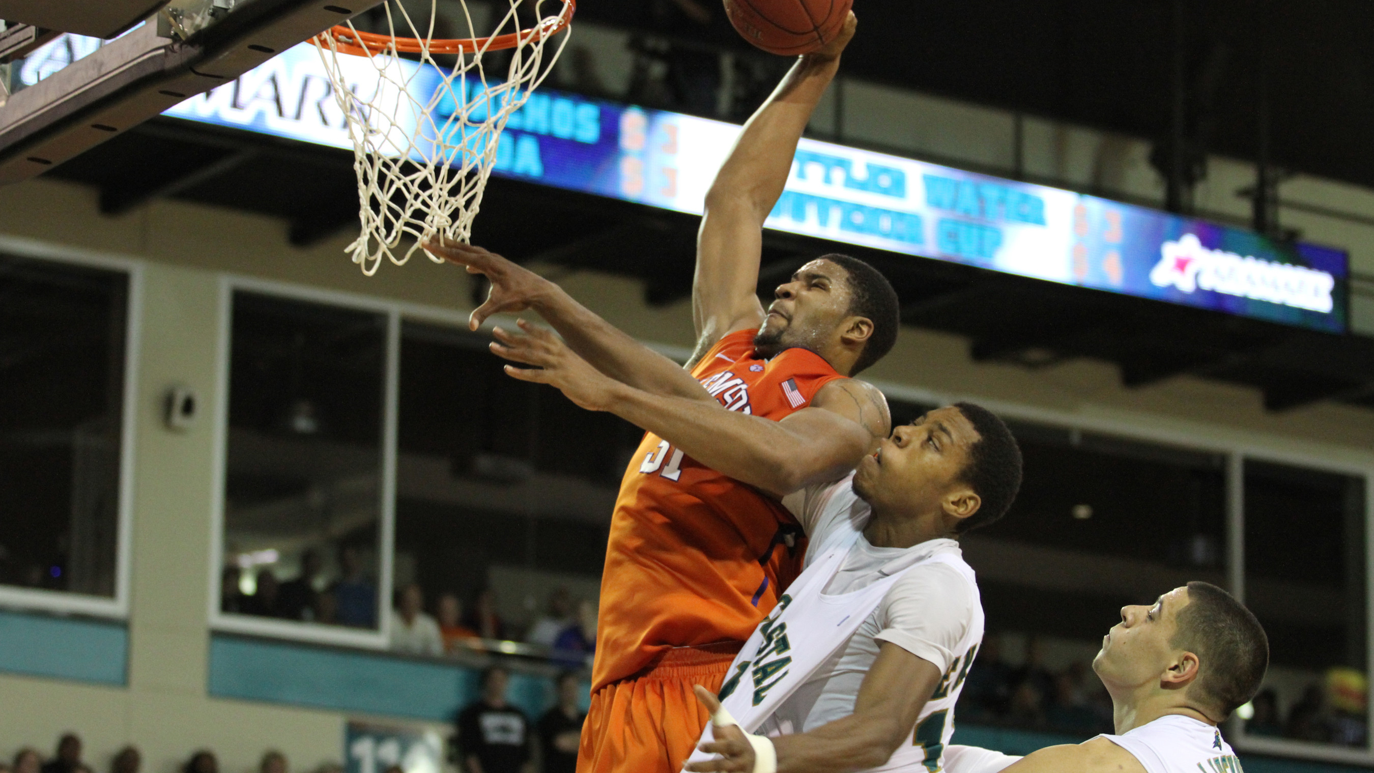 Clemson Falls to Coastal Carolina, 69-46