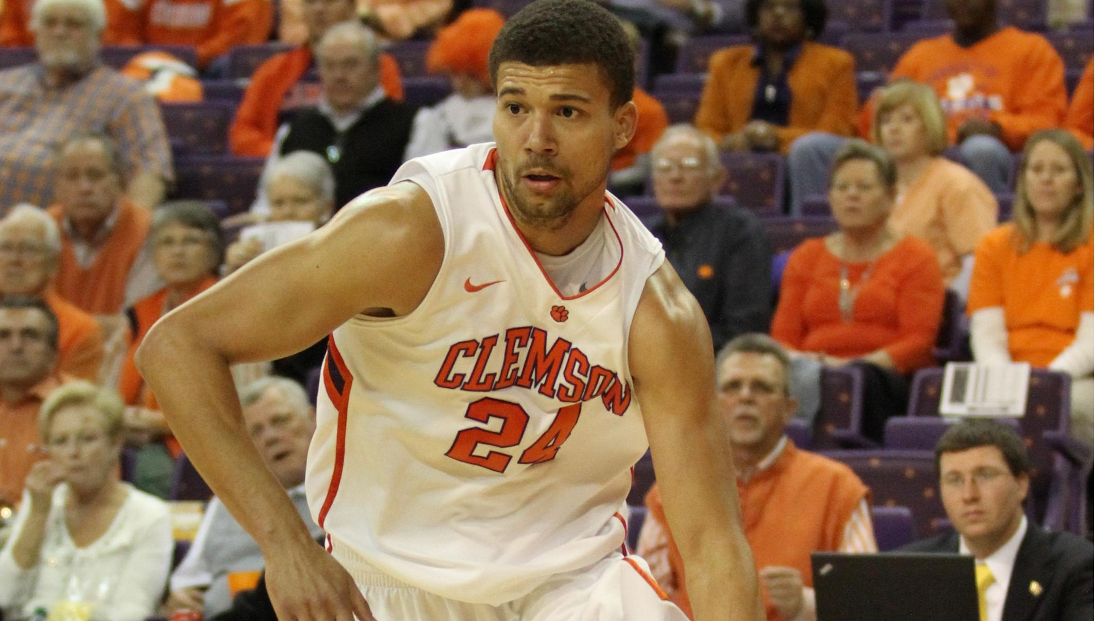 Jennings' Career-High Leads Clemson to 77-70 Victory over Virginia Tech