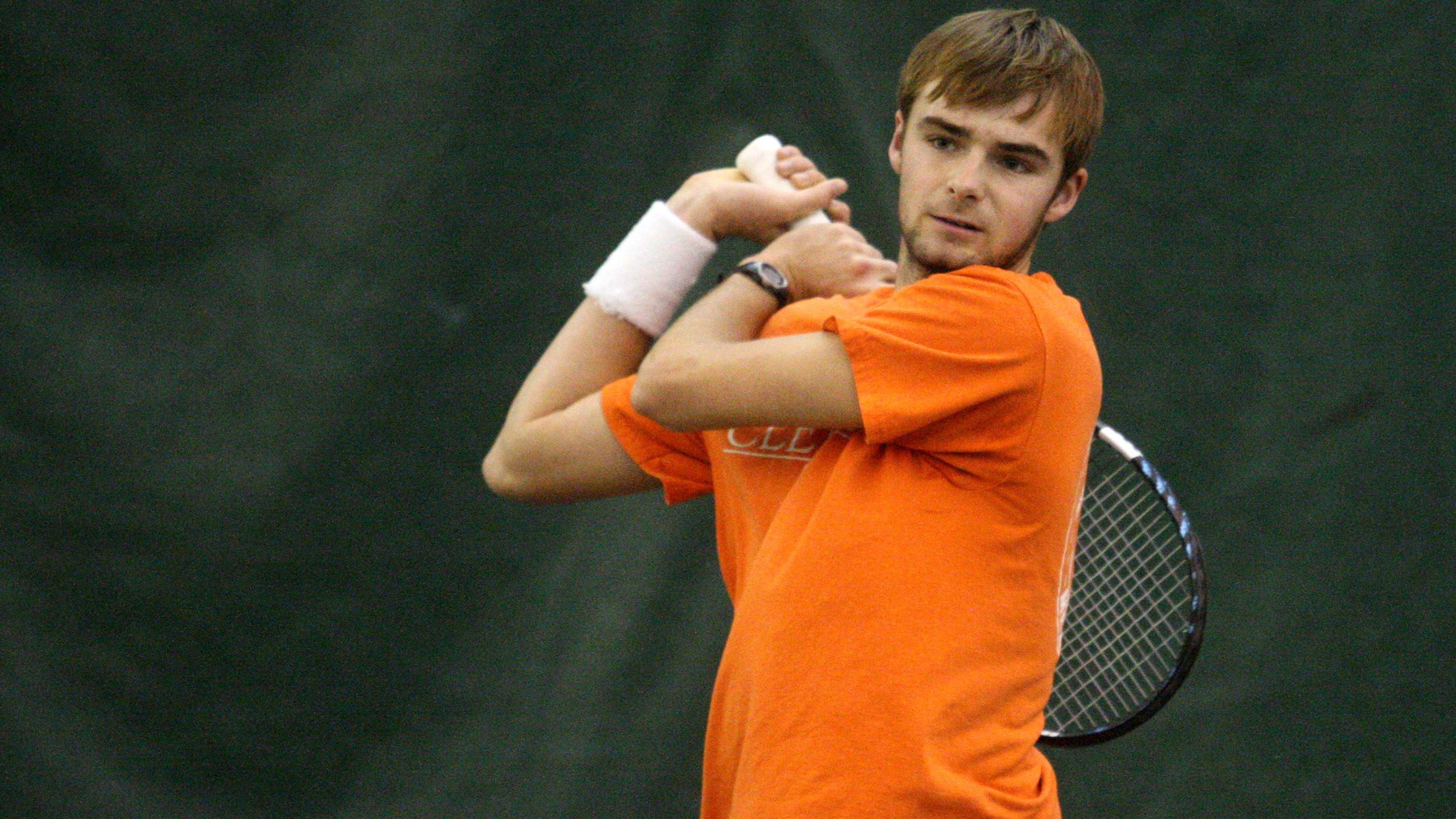 Two Clemson Players Advance to Singles Third Round at Carolinas Regional