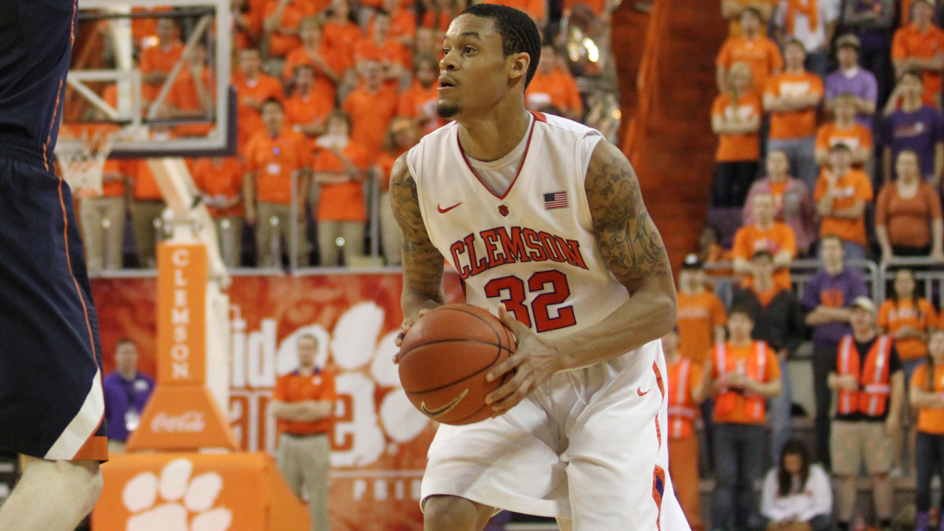 McDaniels? Late Free Throws Preserve 63-60 Clemson Win over Georgia Tech