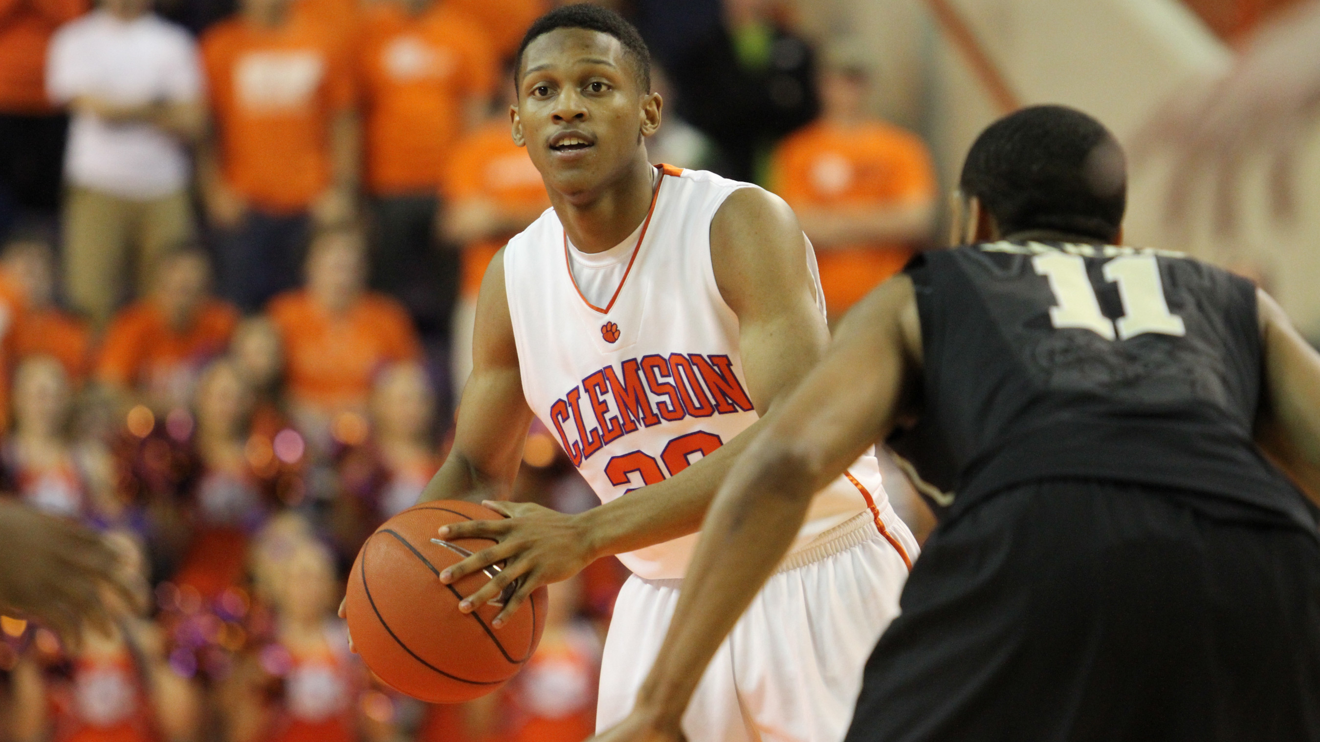 Clemson to Play Host to NC State Sunday at Littlejohn