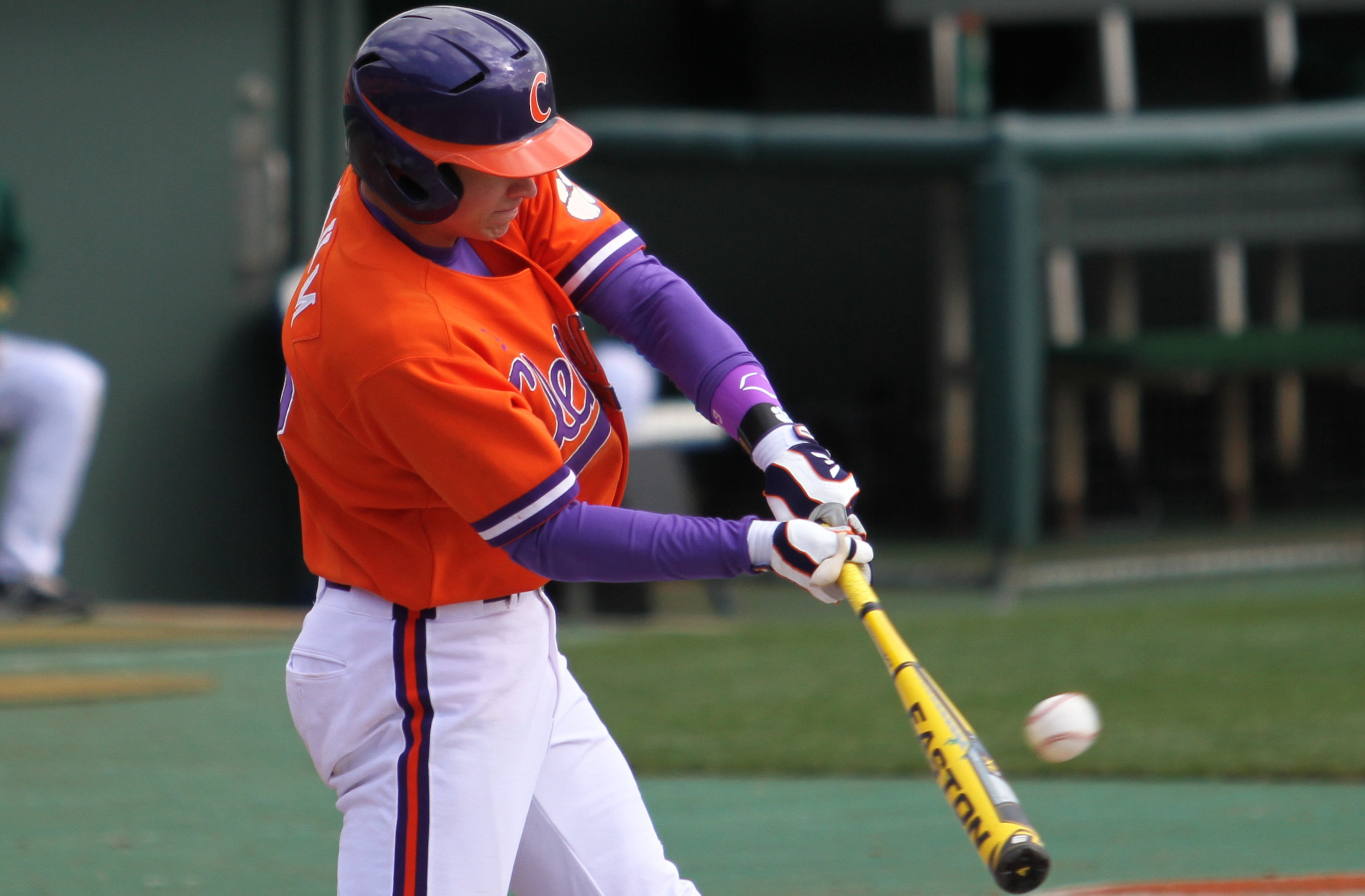 Tigers Tame Terriers 9-2 Wednesday