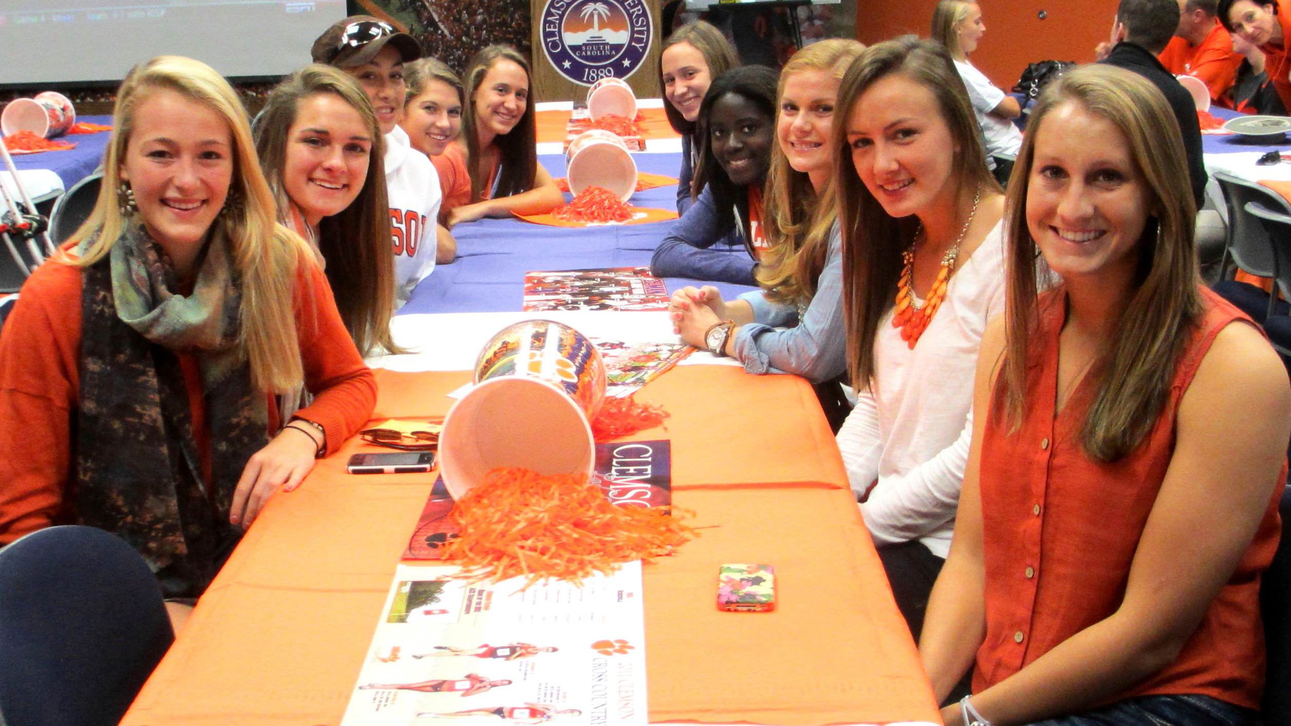 Clemson Women's Soccer Program Signs 11 Players for 2013