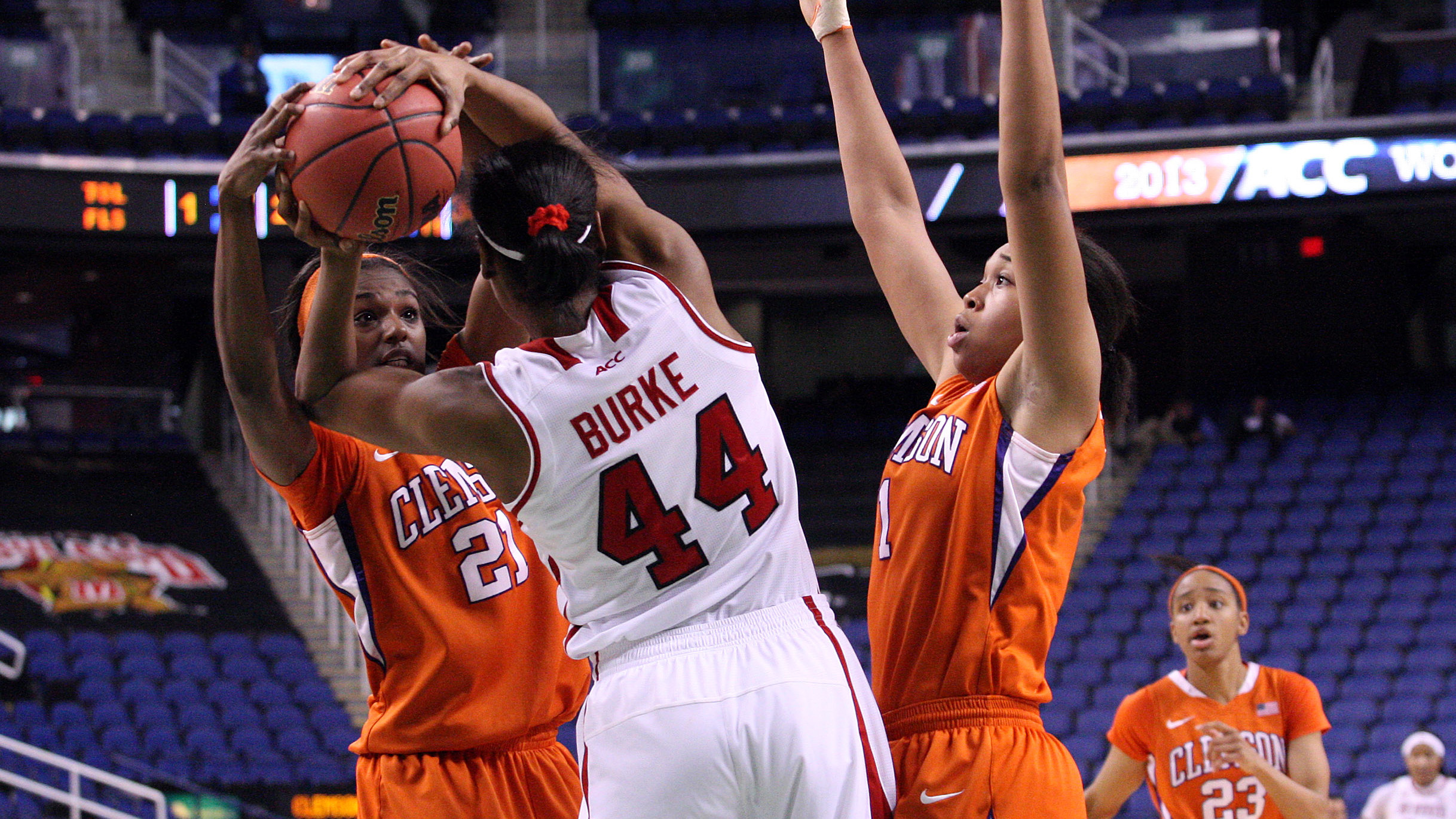Lady Tigers Falter Late to NC State